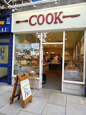 とっても人気のフランス「Picard」。実は、英国にも冷凍食品専門店はたくさんあって、冷凍食品の1人当たり消費量世界一なのです