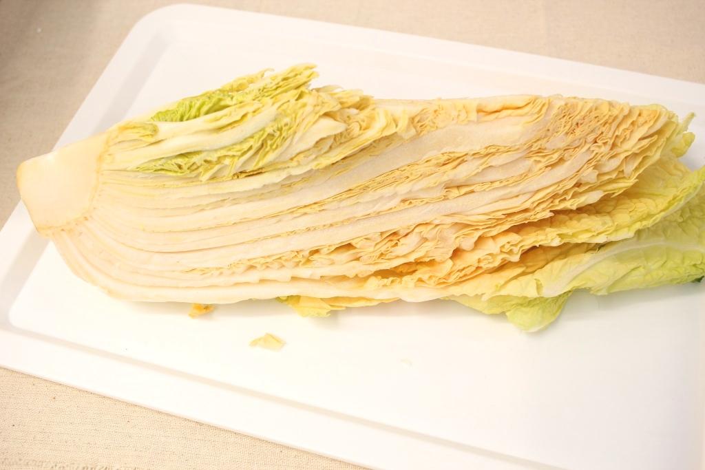すぐに芯までやわらかく、冷凍白菜はやっぱりお鍋にベストマッチ!
