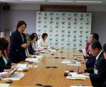 三重県庁にて、鈴木英敬知事がWF-NETメンバーと懇談