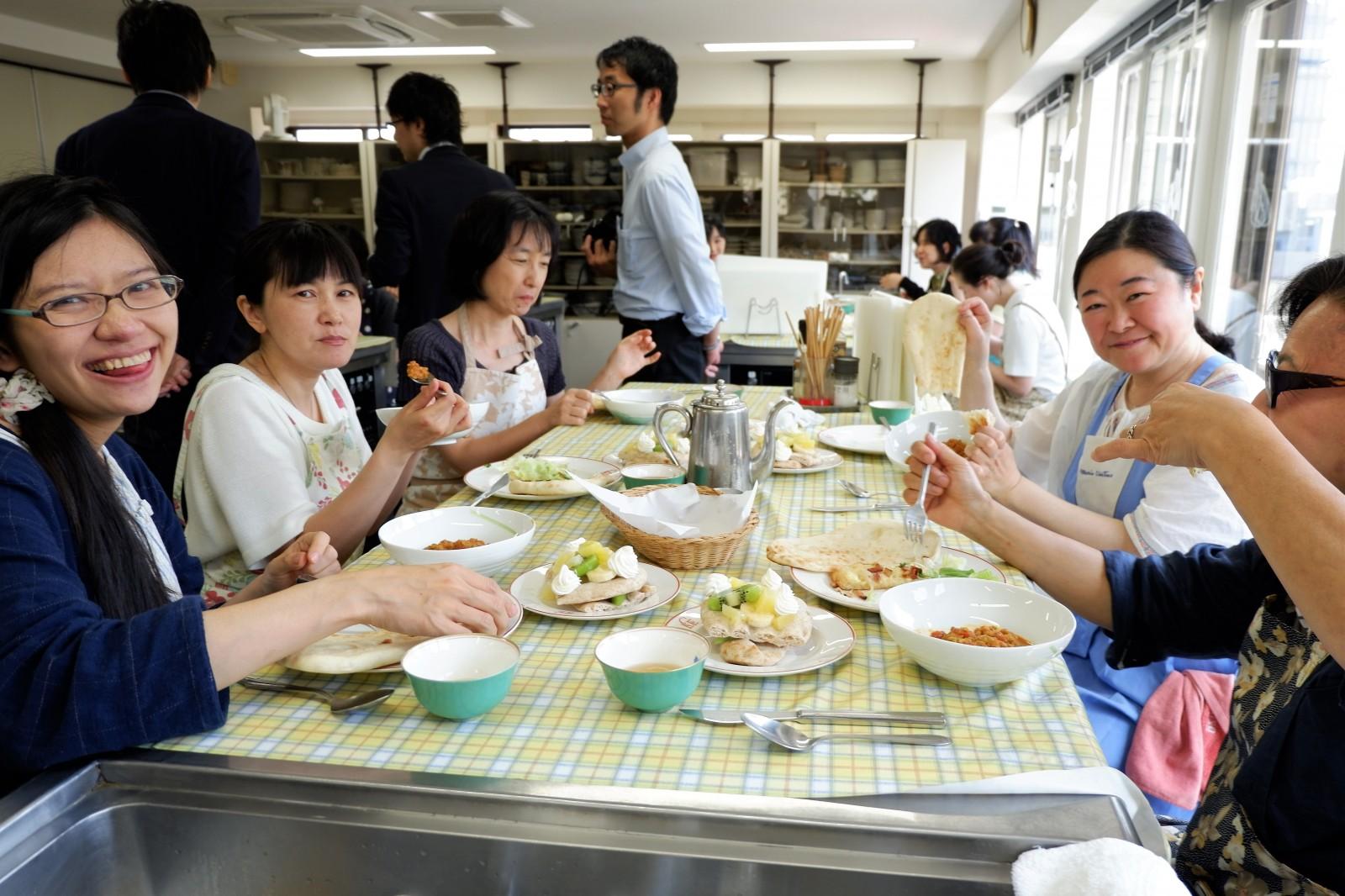 """今日は何の日?「ナンの日」、というイベント 江上佳奈美先生が""""ナン活""""料理講習"""