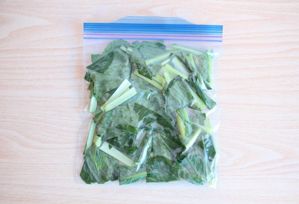 冷凍小松菜の『めんつゆ解凍』は、超お手軽!
