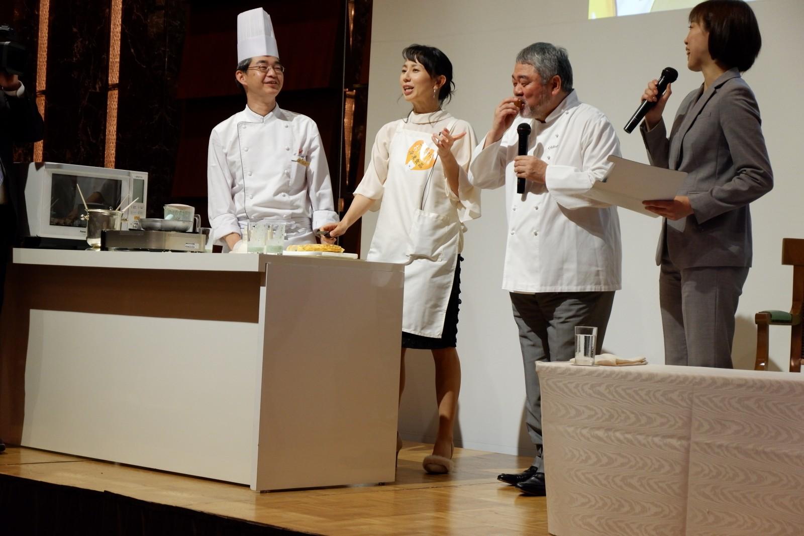爆笑!でもまじめな「冷凍食品の日」PRイベント 東尾理子さん×三國清三シェフ