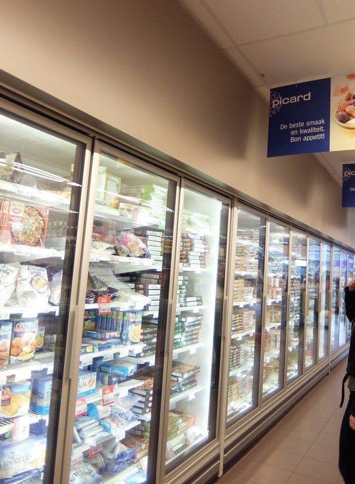扉1枚のPicard オランダのAlbert Heijn冷凍食品売場にて