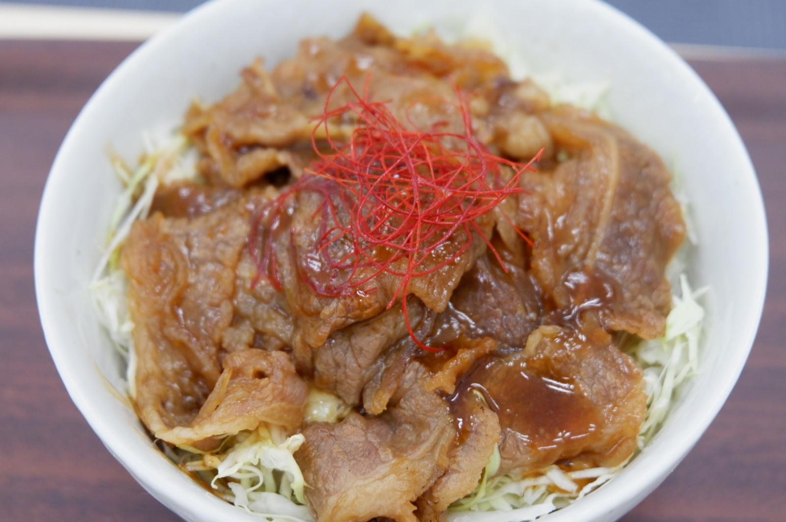 お昼が待ち遠しい、お弁当に焼肉!焼肉丼もビーフサラダもお手軽に(日本ハム冷凍食品)