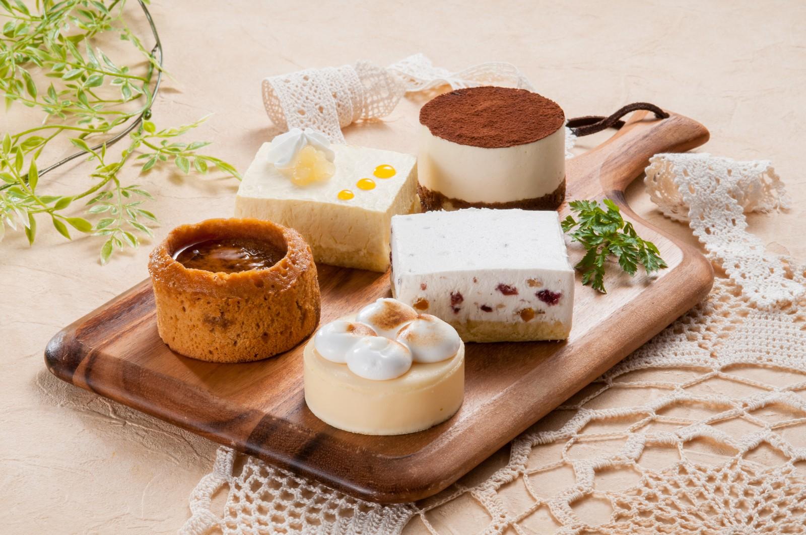 アイスではなくチルドのケーキでもない「フローズンデザート」 新商品(三菱食品)